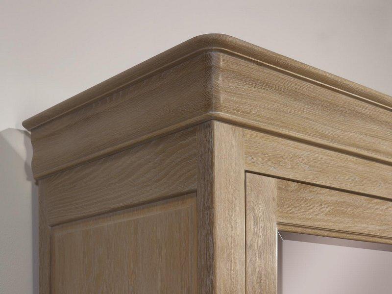 Armoire 2 portes guillaume en ch ne massif de style louis for Meuble bois chene massif