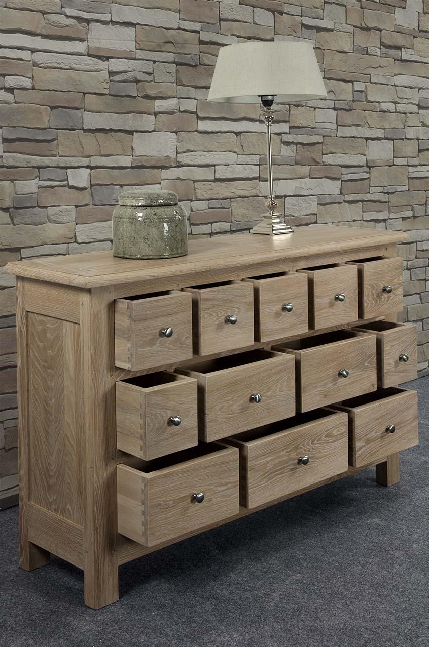 commode 12 tiroirs c dric en ch ne massif de stytle. Black Bedroom Furniture Sets. Home Design Ideas