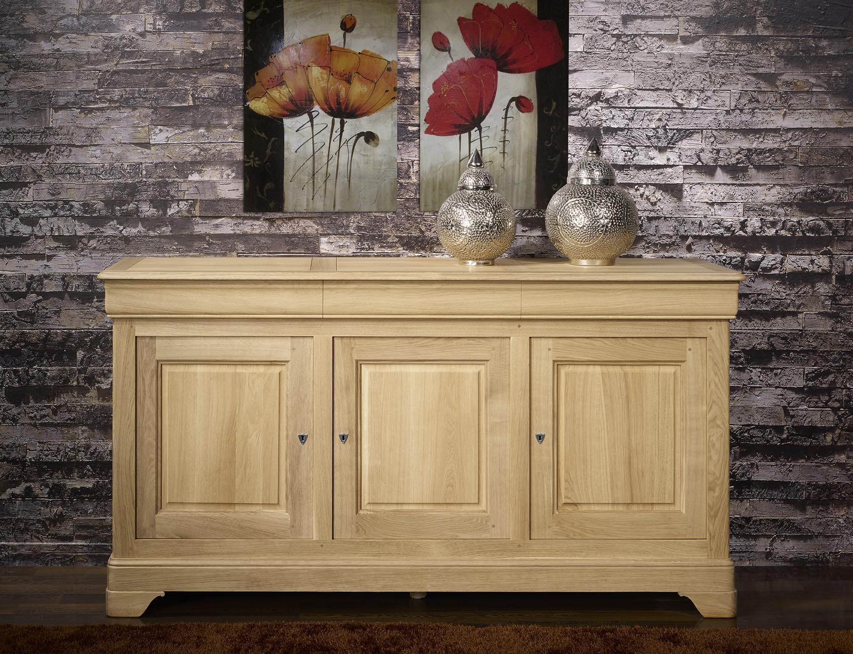 buffet 3 portes ludovic en ch ne massif de style louis philippe finition ch ne bross naturel. Black Bedroom Furniture Sets. Home Design Ideas