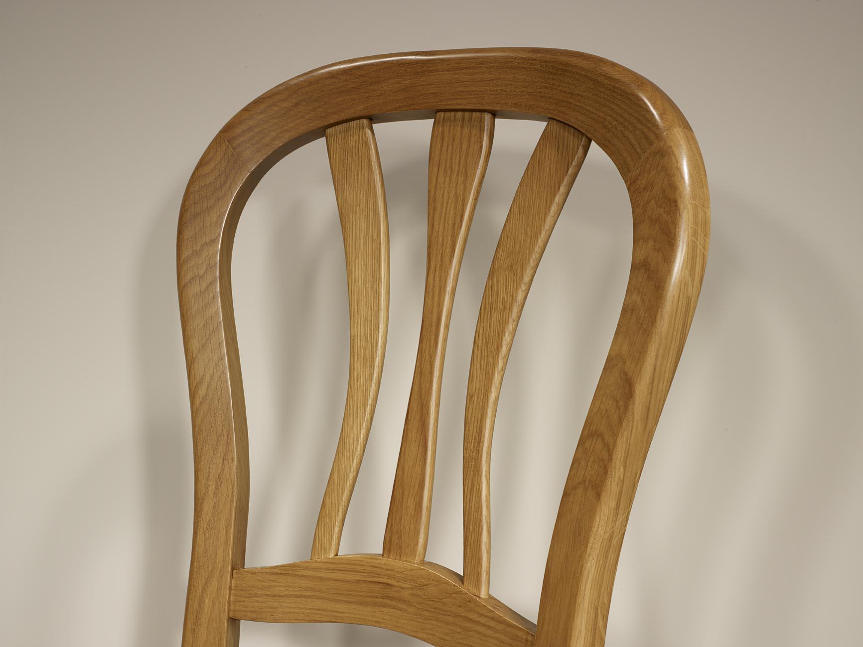 chaise en ch ne massif de style louis philippe assise moleskine chocolat meuble en ch ne massif. Black Bedroom Furniture Sets. Home Design Ideas