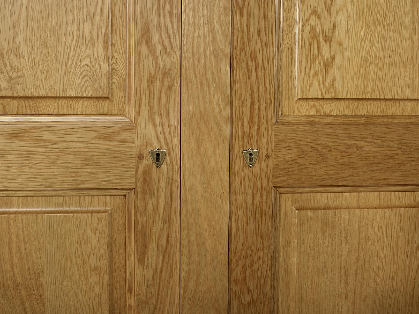 Armoire 2 portes en ch ne massif de style louis philippe meuble en ch ne ma - Armoire chene massif 2 portes ...