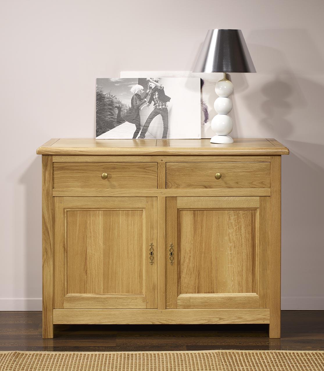 buffet 2 portes 2 tiroirs en ch ne massif de style. Black Bedroom Furniture Sets. Home Design Ideas