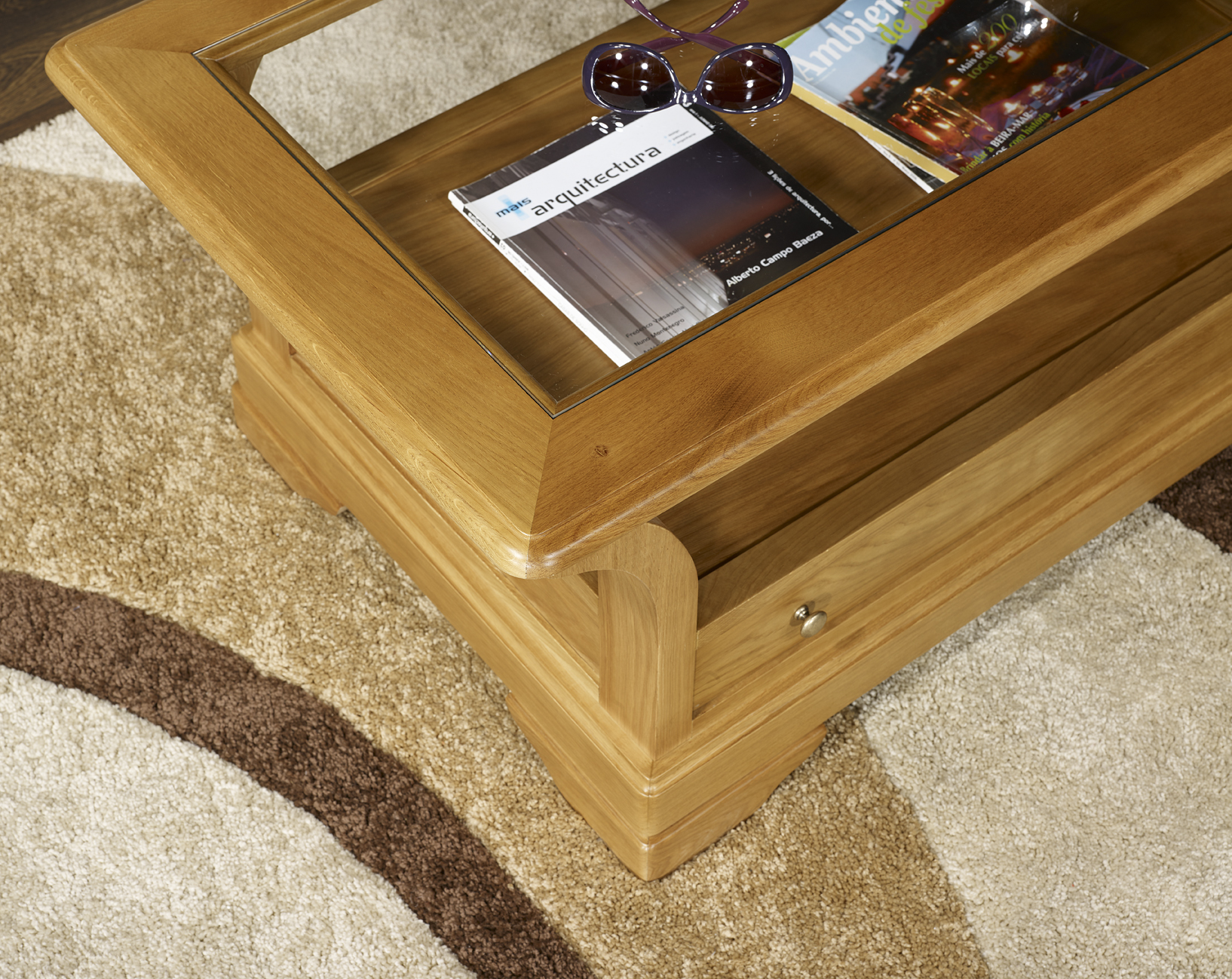 table basse raphael en ch ne massif de style louis philippe plateau bois 1 tiroir de chaque. Black Bedroom Furniture Sets. Home Design Ideas