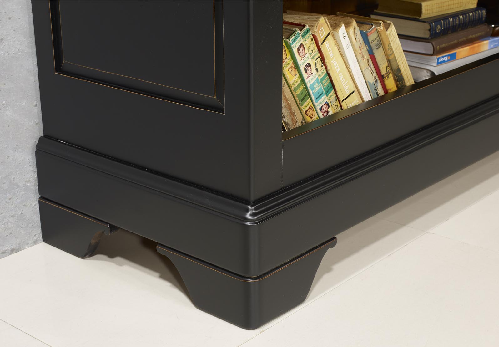 Biblioth que en merisier massif de style louis philippe for Patiner un meuble en merisier