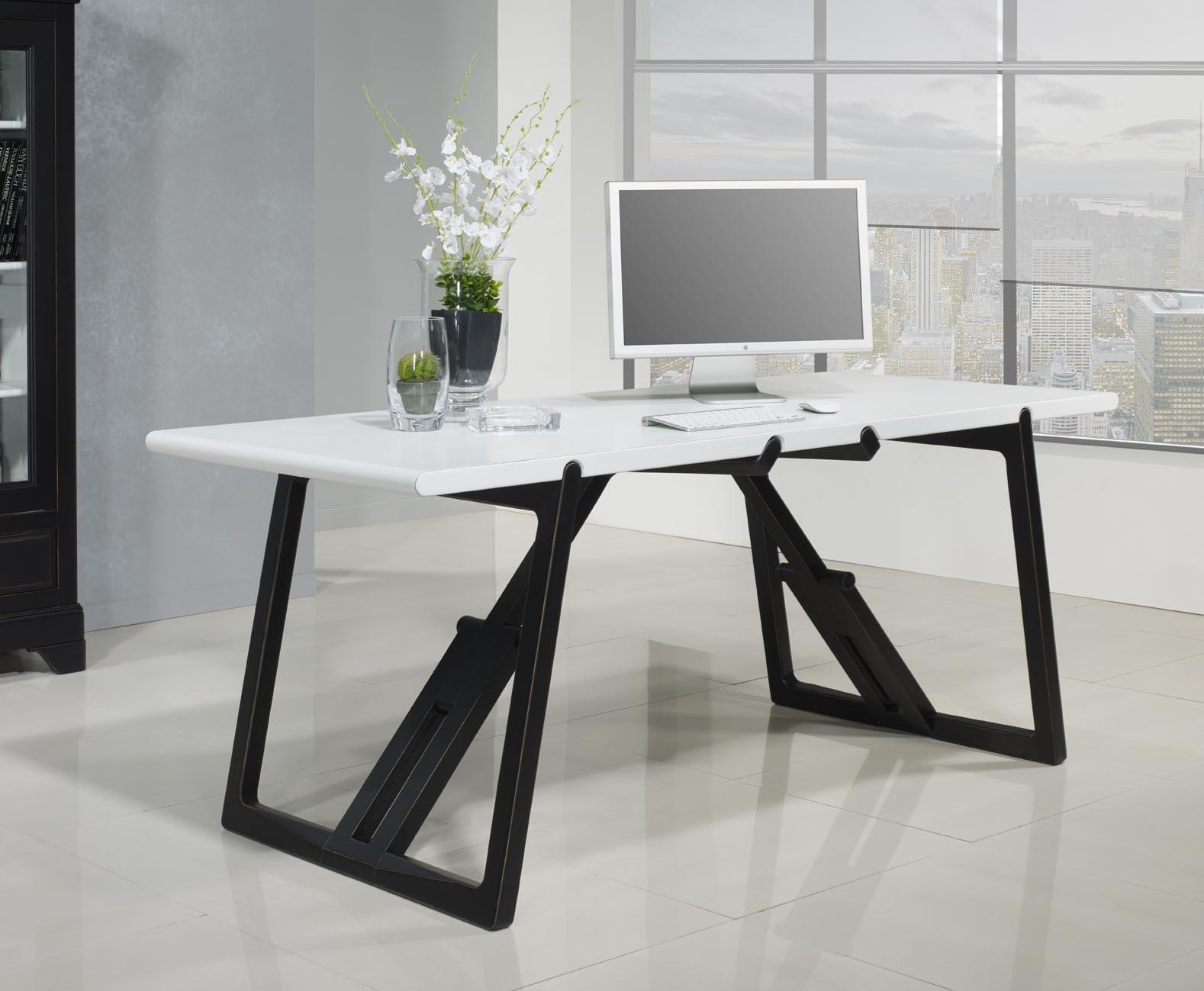 table de bureau en merisier massif de ligne contemporaine. Black Bedroom Furniture Sets. Home Design Ideas