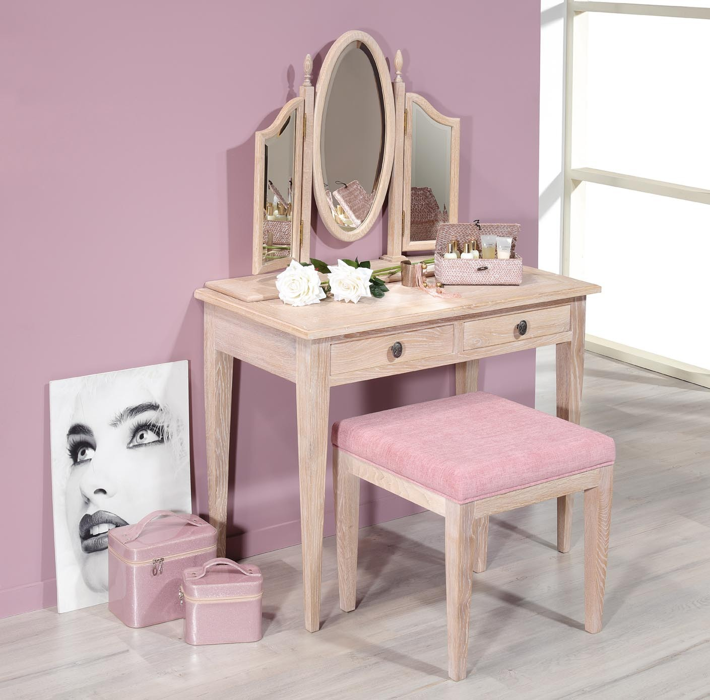 table de toilette ou coiffeuse coralie en ch ne de style louis philippe finition ch ne bross. Black Bedroom Furniture Sets. Home Design Ideas