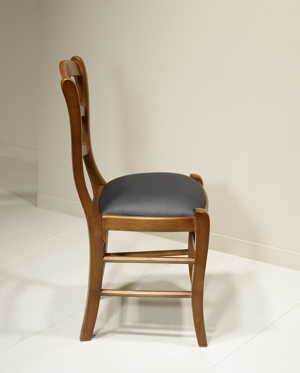 Chaises style louis philippe for Meuble chaise
