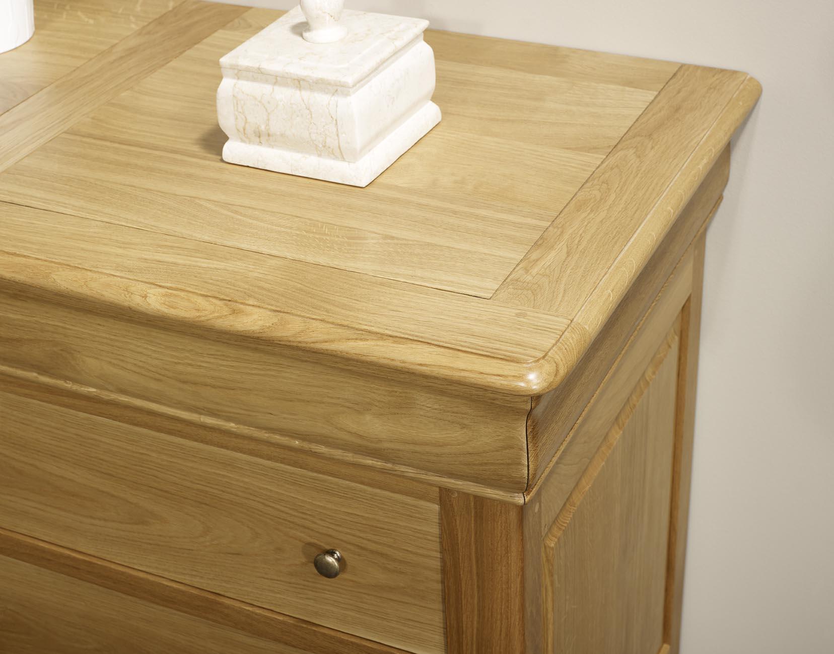 Commode 4 tiroirs en ch ne massif de style louis philippe for Finition de meuble en bois
