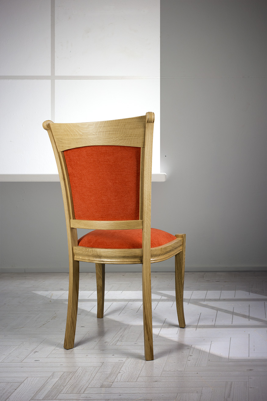 chaise benjamin en ch ne massif de style louis philippe tissu orange meuble en ch ne massif. Black Bedroom Furniture Sets. Home Design Ideas