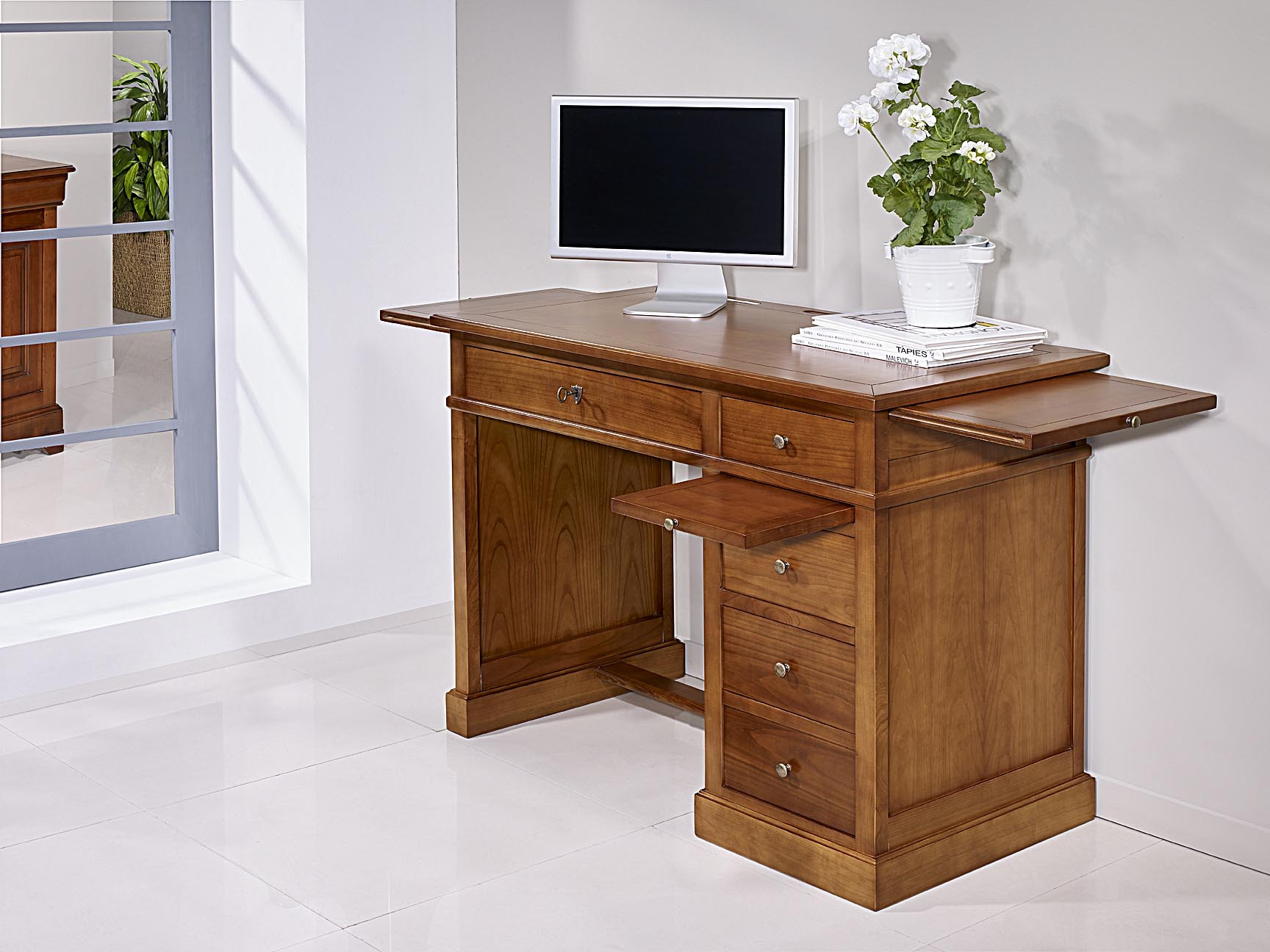 petit bureau lucie en merisier de style louis philippe. Black Bedroom Furniture Sets. Home Design Ideas