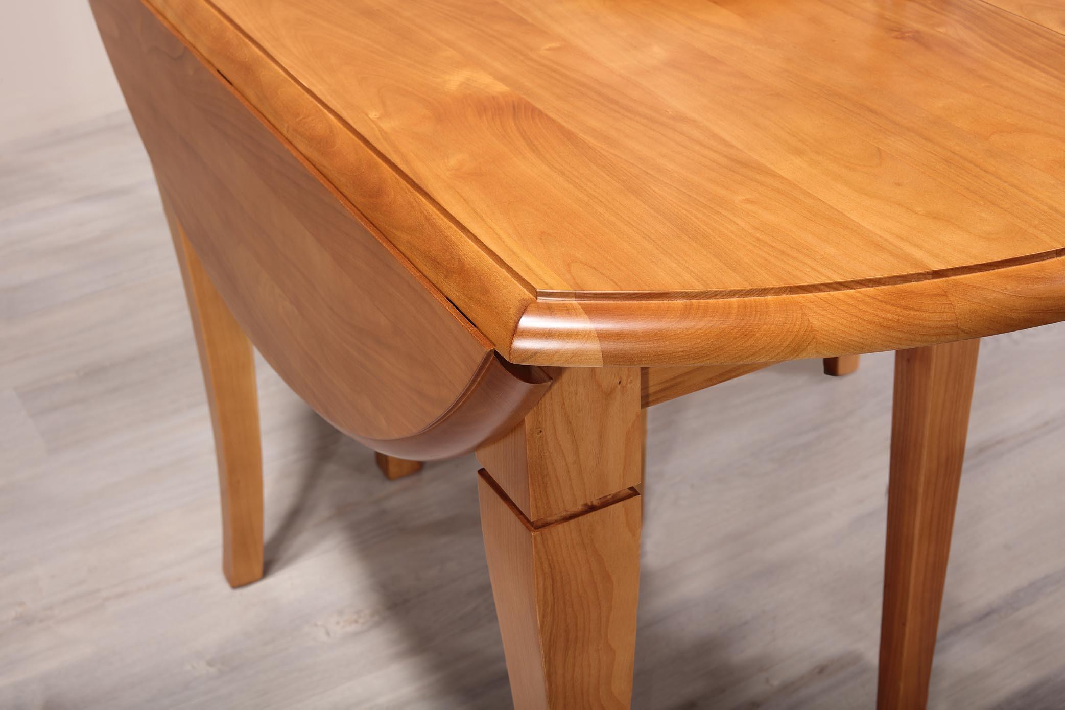 Table ovale 110x135 volets en merisier massif de style for Table ovale en bois massif
