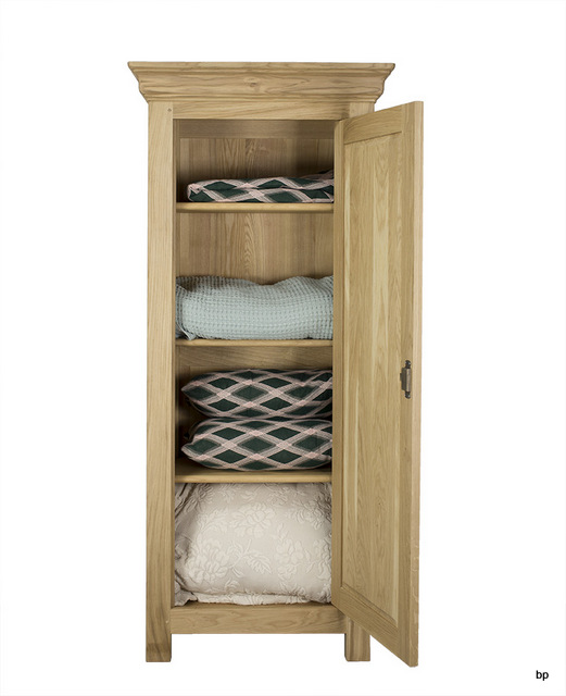 bonnetiere 1 porte emeric en ch ne massif de style campagne finition ch ne bross naturel. Black Bedroom Furniture Sets. Home Design Ideas