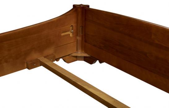 lit 140x190 en merisier massif de style louis philippe meuble en merisier massif. Black Bedroom Furniture Sets. Home Design Ideas