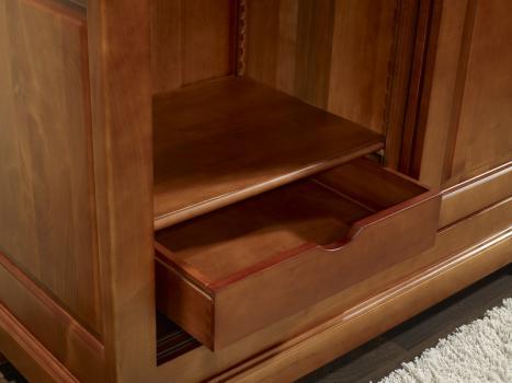 armoire 2 portes clara en merisier massif de style louis. Black Bedroom Furniture Sets. Home Design Ideas
