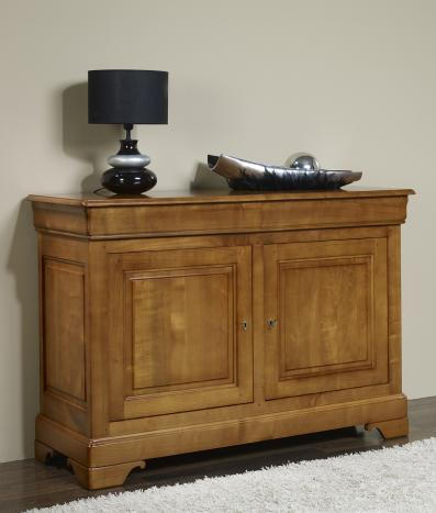 buffet 2 portes en merisier massif de style louis philippe meuble en merisier massif. Black Bedroom Furniture Sets. Home Design Ideas