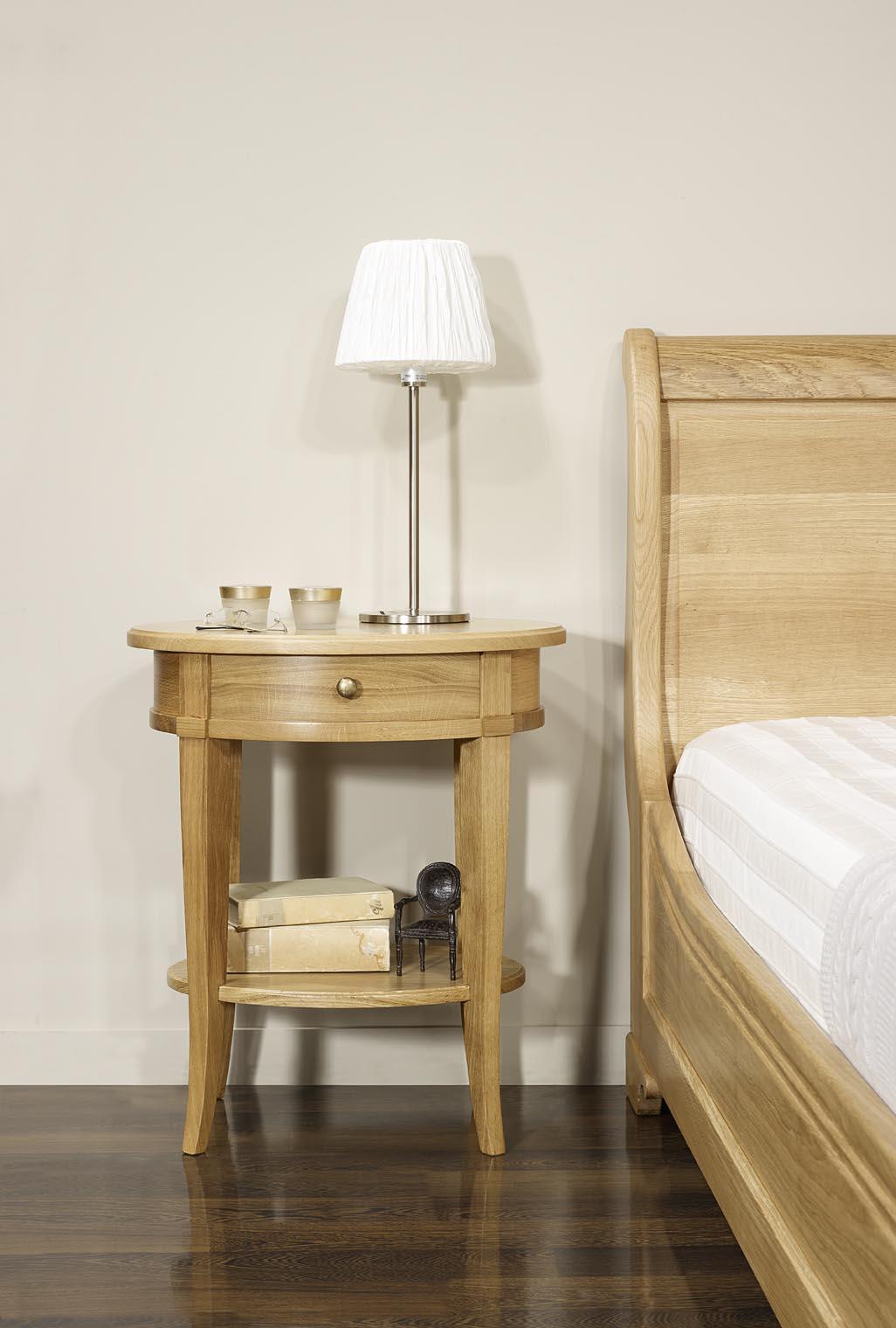 Gu ridon oval ou chevet ludovic en ch ne massif de style directoire meuble - Tablette en chene massif ...