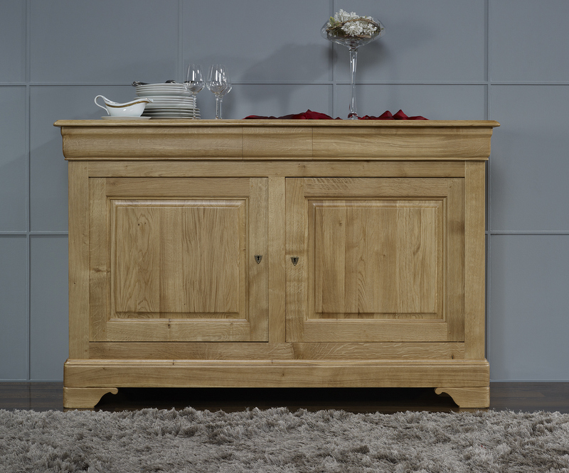 Buffet bas 2 portes vincent en ch ne massif de style louis for Meuble buffet bas