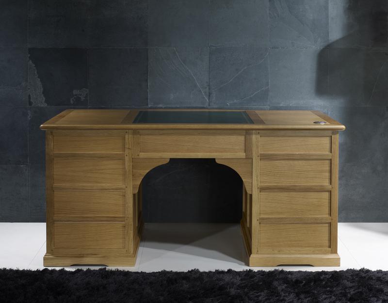 superbe bureau ministre sp cial informatique en ch ne de style louis philippe meuble en ch ne. Black Bedroom Furniture Sets. Home Design Ideas